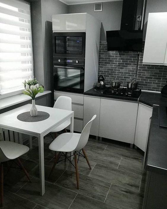 Чёрный кирпич в интерьере кухни