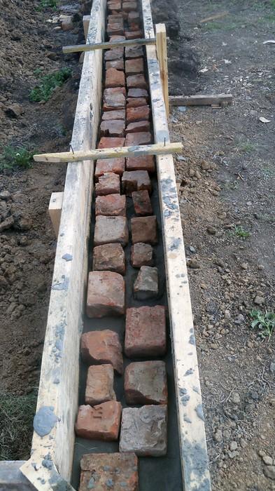 Фундамент из старого кирпича